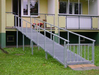 Konstrukcje stalowe, podjazdy dla niepełnosprawnych